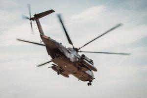 Ein Hubschrauber vom Typ CH-53 startet im Rahmen der Mission Resolute Support in Afghanistan (Quelle Bundeswehr/Neumann)